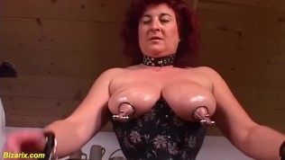 extreme granny labia stretching lesson