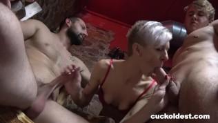 It takes three to Cuckold