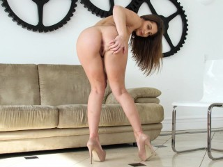 BANGBROS – Lucky Dude Enjoying Dani Daniels's Incredible Big Ass