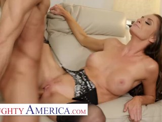 Naughty America – Silvia Saige is in need of some intense sexual energy and she's found the right person