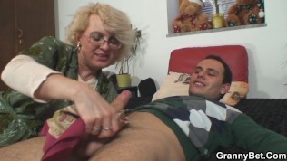 Young guy fucks with an old bitch