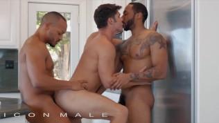 Icon Male – Jaxx Maxim & Dillon Diaz Are Surprised By Devin Franco's Flirty Approach Towards Them