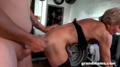 Granny video sex free